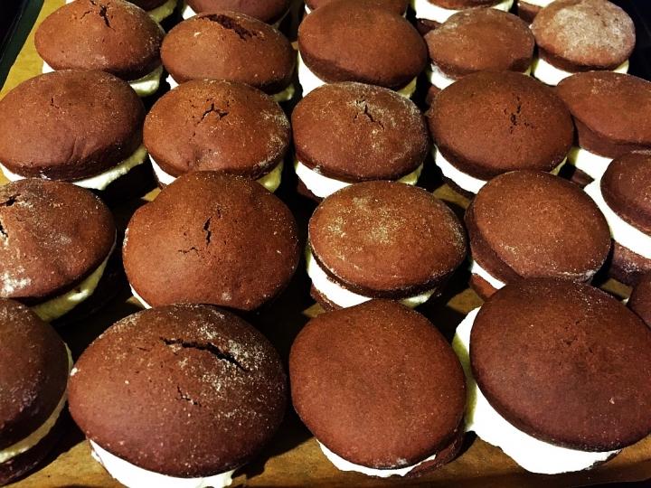 Домашни сладки с маслен крем
